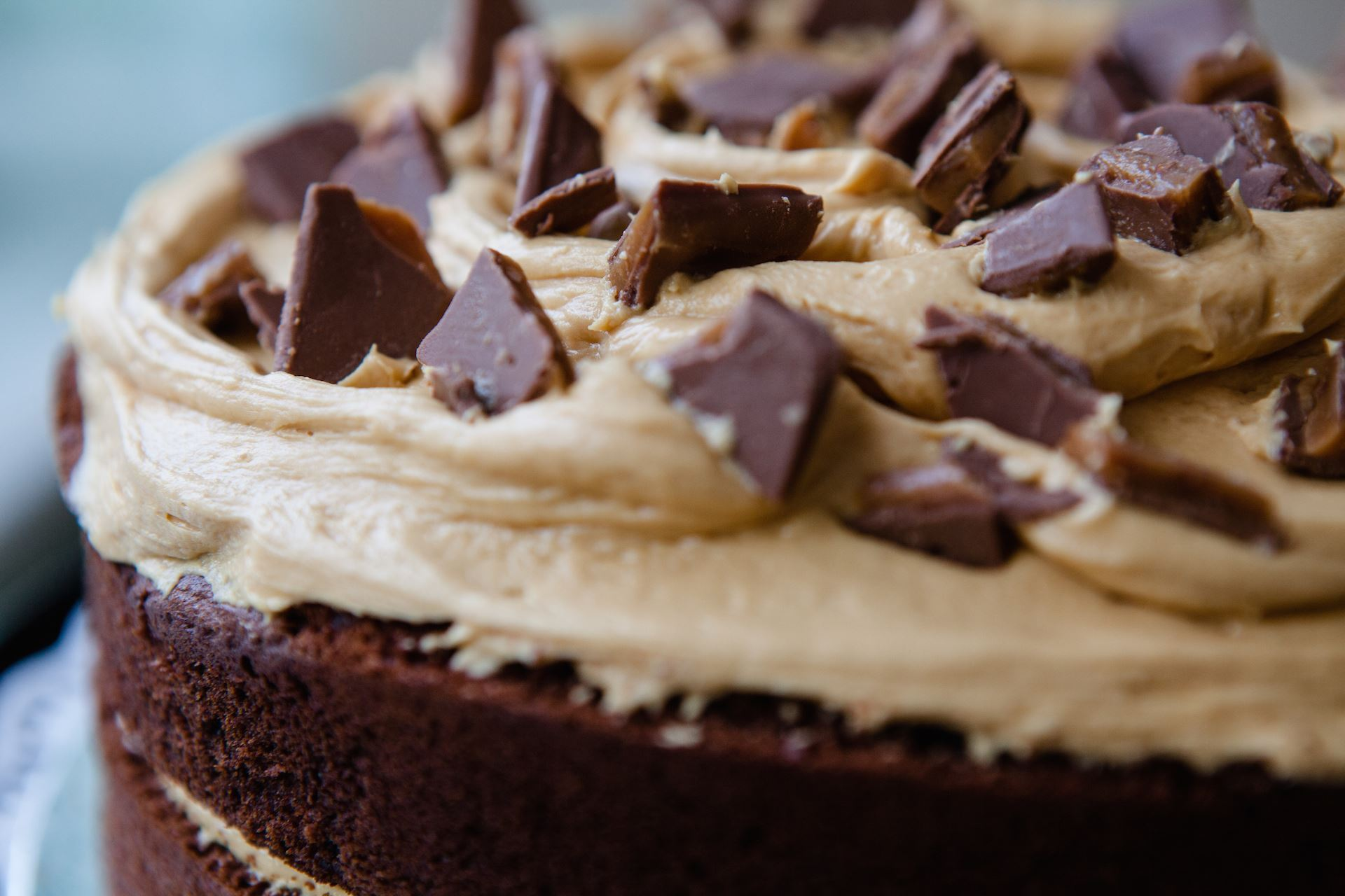 Chocolate Caramel Toffee Crunch Cake Recipe