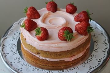 Picture of Strawberry Layer Cake