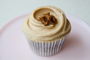 Picture of Coffee & Walnut Cupcake