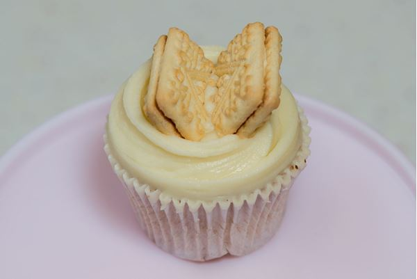 Picture of Custard Cream Cupcake
