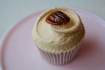 Picture of Maple & Pecan Cupcake