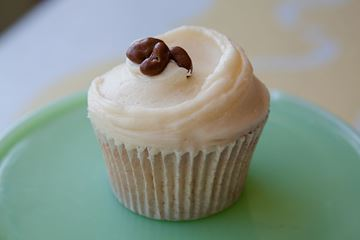 Picture of Rum & Raisin Cupcake