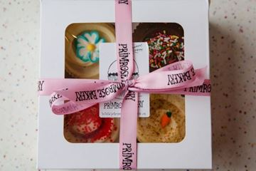 Picture of Gift Box - 4 Regular Cupcakes