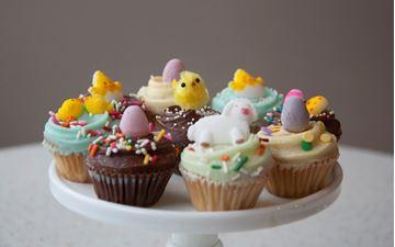 Picture of Easter Theme Vanilla Mini Cupcake