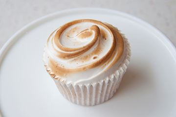 Picture of Lemon Meringue Cupcake