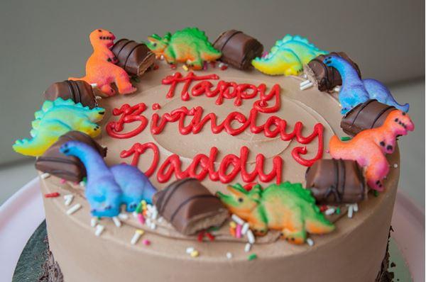Picture of Kinder Bueno Celebration Cake