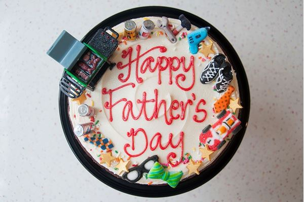 Picture of Father's Day Theme Celebration Cake