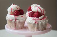 Picture of Eton Mess Cupcake