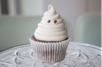 Picture of Chocolate Marshmallow Ghost Cupcake