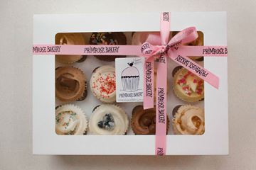 Picture of Luxury Gift Box - 12 Cupcakes