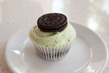 Picture of Mint Oreo Cupcake