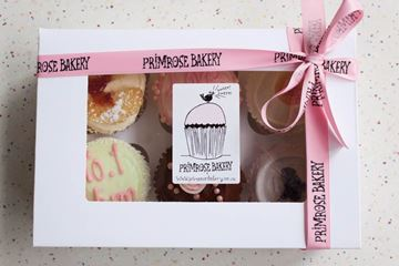 Picture of Luxury Mother's Day Medium Gift Box