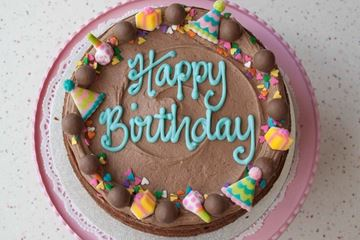 Picture of Malteser Celebration Cake