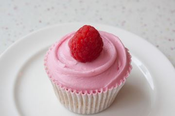 Picture of Peach Melba Cupcake