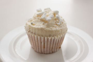 Picture of Passionfruit Pavlova Cupcake