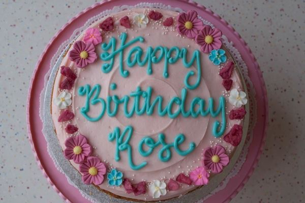 Picture of Rose Celebration Cake