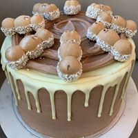 Picture of Happy Hippo Cake